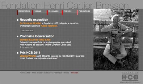 Página web de la fundacion Henri Cartier-Bresson, con una imagen del artista.