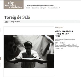 """Detalle de una de la fotografía """"Toreig de Saló"""", de Oriol Maspons, en la web del MNAC"""