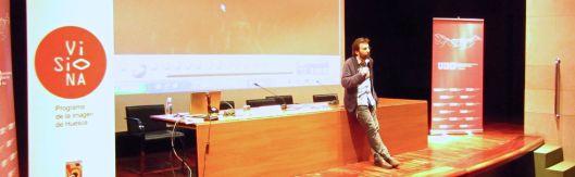 """Momento de la conferencia de Sergio Oksman en el curso """"El álbum familiar: otras narrativas en los márgenes"""", 2013"""
